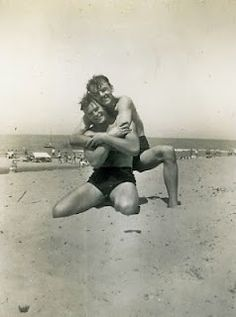 20 Sweet, Tiny Vintage Photos Of Gay Couples.