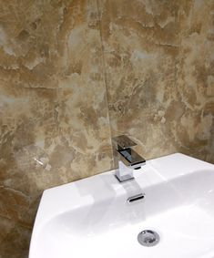 onyx effect bathroom wall panels