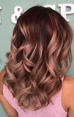 "27 Rose Gold Hair Color Ideas That Make You Say ""Wow! - - 27 Rose Gold Hair Color Ideas That Make You Say ""Wow!"", Rose Gold Hair Color Gold Pink Hair Colors Fashion for certain colors and shades can walk in a. Gold Hair Colors, Hair Color Pink, Brown Hair Colors, Hair Colors For Fall, Winter Colors, Hair With Color, Purple Hair, Hair Cuts And Color Ideas, Curly Hair Colours"