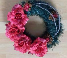 Červene ruže 4th Of July Wreath, Wreaths, Halloween, Home Decor, Decoration Home, Door Wreaths, Room Decor, Deco Mesh Wreaths, Home Interior Design