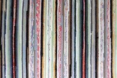 Lisää artikkelissa, tutustu. Color Studies, Recycled Fabric, Woven Rug, Weaving, Textiles, Rag Rugs, Google, Home Decor, Crochet Carpet