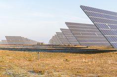 Así es como Arabia Saudita quiere pasar del petróleo a la energía solar  Medio Ambiente  19 Feb 2018 - 11:27 AM  Redacción VIVIR  El reino petrolero del mundo quiere cambiar su modelo económico acercándose a su mejor aliado: el sol
