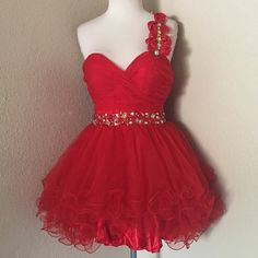 Beautiful red dress!  *BRAND NEW beautiful red prom dress Dancing Queen Dresses Prom