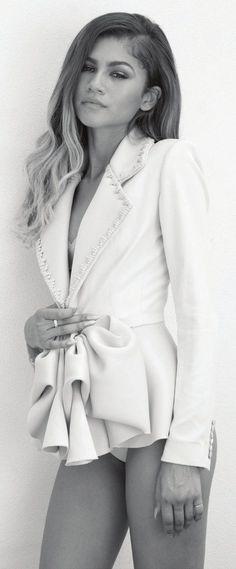 Zendaya for Modeliste Magazine November 2015 [Unretouched]