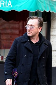Tim Roth Photo - Tim Roth on Set in Italy
