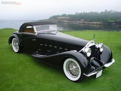 Yes, it's a Rolls... no wait, it's a 1934 Voisin C15 Saloit Roadster...glorious!
