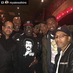 Repost @royalewatkins with @repostapp  Crazy night of comedy @flapperscomedy in Burbank! Whole squad on deck #EricRhone @therealchrisspencer @cedtheentertainer @duane_martin @stanlathan @billbellamy #wherewasyou #ArsenioHallperformed #DLHughleyperformed #GreatNight #instagood dj #djs Rap BattleDjs  #Hiphop #Jazz  #Talnts #supermodels #HouseMusic #Reggae  #paidinfull #PopMusic #Seratodj  VinylRecords  #Brooklyn #NYC #party #turntablism #rap #hiphop #radiodj #instarepost20 #instarepost…