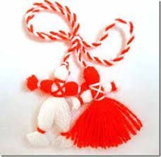 To March 1 (beginning of the agricultural year) was made amulets for gifting relatives. Made in two colors: white = man, strength and sun and red = female, blood, health and birth. Baba Marta, March Holidays, Spring Festival, March 1st, 5 Minute Crafts, Romania, Sewing Patterns, Traditional, Christmas Ornaments