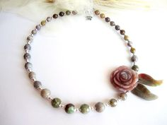 Carved stone flower necklace agate gemstone by MalinaCapricciosa