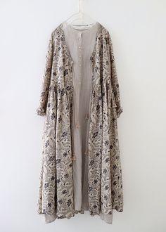 라르니에 정원 LARNIE Vintage&Zakka - Tesettür Şalvar Modelleri 2020 - Tesettür Modelleri ve Modası 2019 ve 2020 Abaya Fashion, Muslim Fashion, Modest Fashion, Korean Fashion, Boho Fashion, Fashion Dresses, Womens Fashion, Abaya Mode, Mode Hijab