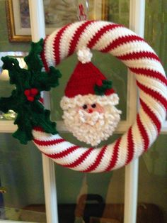 Crocheted Wreath Santa Wreath https://www.ilikecrochet.com/christmas-crochet/sweet-candy-cane-wreath/   Santa from Maggie's Crochet HOLIDAY CD COASTER CROCHET PATTERNS