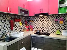 Model kitchen set l mini untuk dapur mungil 4 lantai for Kitchen set unik