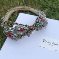 Trendy Accessories, Bridal Accessories, Cabello Hair, Floral Fashion, Antique Dolls, Everyday Outfits, Fascinator, Hair Bows, Headbands
