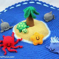 Island Play Set with Ocean Animals