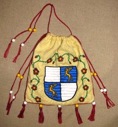 Almosenbeutel mit Wappen bestickt Drawstring Backpack, Backpacks, Bags, Fashion, Accessories, Crests, Figurine, Handbags, Moda