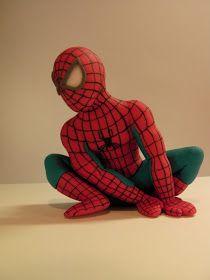 """Studio """"FONDANT DESIGN ANA"""" - Figurice za torte (fondant figures): SPIDERMAN - FONDANT FIGURE (Spajdermen figurica za tortu)"""