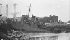28 March The Saint-Nazaire raid. British destroyer HMS Campbeltown rams the dock gates of the German naval base at Saint-Nazaire on the western coast of France. Churchill, British Commandos, St Nazaire, History Online, Military History, Ww2 History, French History, American History, Royal Navy
