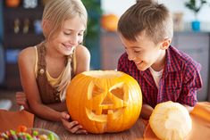 50 pumpkin carving ideas and tips for kids, teens and adults to create a jack o lantern that will be a hit. Pumpkin Carving Party, Halloween, Diy, Fans, Ideas, Creative Crafts, Home Made, Carving Pumpkins, Bricolage