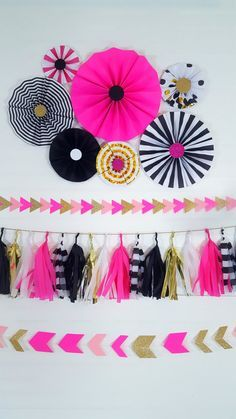 Kate Spade inspired party black and pink rosettes or eventprint – 2017 – Geburtstag Kate Spade Party, Pink Parties, Grad Parties, Birthday Parties, Paper Rosettes, Paper Flowers, Fete Emma, Paper Fans, Diy Party