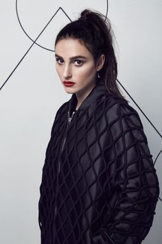 Singer Banks wearing a beautiful black quilted bomber jacket. A great piece to have in your wardrobe all uear. | @gaby_cantoo