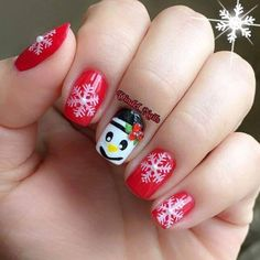Snaow Flakes On Nails