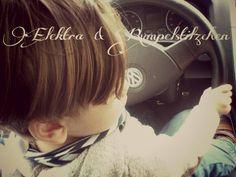"""Mit Rumpelpapa """"Auto fahren"""" :)"""