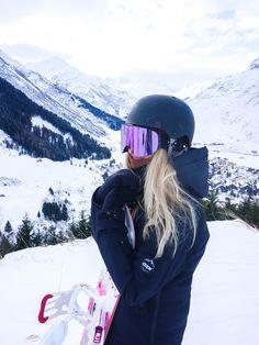 Winter in the Adirondacks – Enjoy the Great Outdoors! Style Snowboard, Snowboard Girl, Snowboarding Outfit, Snowboarding Women, Snowboarding Quotes, Snowboarding Videos, Andermatt, Photo Ski, Mode Au Ski