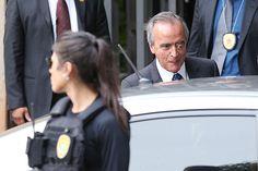 GOVERNO FHC - Mais propinas e escândalos - O ex-diretor da área Internacional da Petrobras Nestor Cerveró, após acareação na Câmara
