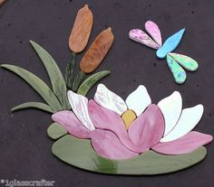 Great for mosaic projects. Mosaic Flowers, Stained Glass Flowers, Stained Glass Designs, Stained Glass Projects, Stained Glass Patterns, Stained Glass Art, Mosaic Garden Art, Mosaic Tile Art, Mosaic Crafts
