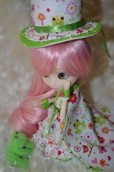 Wren Amelia Full by ℍℯy✿ⅅoℓℓℱα©ℯ, via Flickr  Pullip Doll Full Custom Wren Amelia: The Frog Prince Matchmaker. She will be available on ebay, June 18th, 2012 and will include her OOAK 11 piece outfit. ^_^