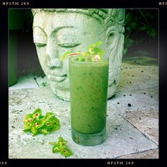 Green Smoothie of Energy Chaga tea, dandelion greens, kale, 1/2 avocado, 1/2 green apple, celery, frozen cucumber, ginger, turmeric, cilantro, 1/2 lime, maca, cacao, spiraling. Get up & go!!