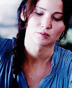 katniss Hunger Games 2, Hunger Games Catching Fire, Hunger Games Trilogy, Living Under A Rock, Suzanne Collins, Katniss Everdeen, Mockingjay, Staying Alive, Celebs