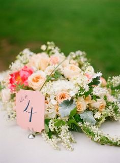 Pretty, pretty wedding flowers: http://www.stylemepretty.com/2014/06/12/whimsical-maryland-wedding-at-woodend-sanctuary/ | Photography: Jodi Miller - http://www.jodimillerphotography.com/