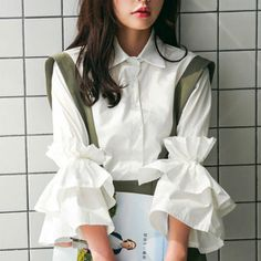Pin on Women's fashion Asian Fashion, Hijab Fashion, Fashion Dresses, Fashion Details, Fashion Design, Fashion Trends, Mode Steampunk, Sleeves Designs For Dresses, Mode Hijab