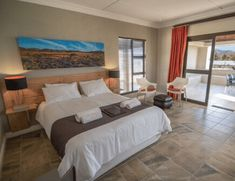 Luxury Chalets Units - N. Air Conditioning Units, Honeymoon Suite, Queen Size Bedding, Free Wifi, Lodges, Flat Screen, Rest, The Unit, Camping
