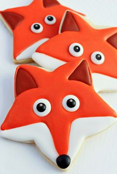Fox Cookies: made with a star cookie cutter. great tutorial with pictures plus instructions. (20 other star cookie cutter ideas too.)