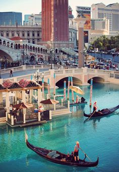 This time I will go on a gondola ride at the Venitian!!