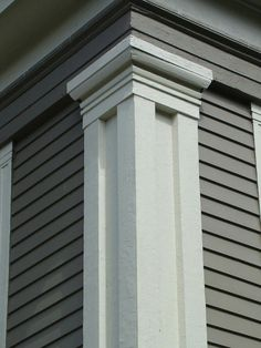 Detail of corner post that is common on Greek Revival homes. Classic House Exterior, Exterior Trim, Dream House Exterior, Exterior Window Molding, House Front Wall Design, House Outside Design, Door Design Photos, House Design Pictures, Neoclassical Architecture