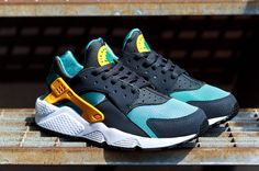 53f9c7757df6 The Nike Air Huarache Catalina University Gold-Anthracite brings bright
