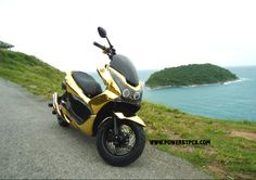 Scooter Honda PCX 125 POWERBYPCX Option Accessoire Preparation Tuning PCX RACING Cool Motorcycles, Scooters, Honda, Racing, Bike, Vehicles, Style, Shopping, Motorbikes