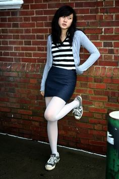 Remix: How to Wear White Tights – Hosiery Designs Geek Chic Outfits, Sexy Outfits, Fall Outfits, Casual Outfits, Fashion Tights, Tights Outfit, Older Women Fashion, Womens Fashion, Fashion Edgy