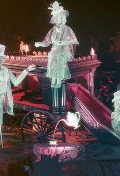 *THE HAUNTED MANSION ~ Disneyworld, Orlando, Florida, 1970's.