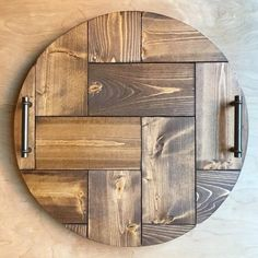 popular round farm house table with lazy susan Woodworking Projects Diy, Wooden Crafts, Diy Wood Projects, Serving Tray Wood, Wood Tray, Wood Creations, Lazy Susan, Diy Interior, Wood Patterns