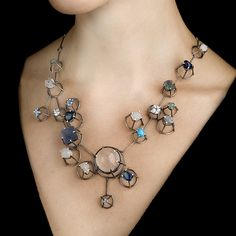 Beautiful photo showing a necklace. Necklace by Joanna Gollberg, photo by Stewart O'Shields Wire Jewelry, Jewelry Art, Jewelery, Silver Jewelry, Jewelry Accessories, Jewelry Necklaces, Jewelry Design, Fashion Jewelry, Fashion Beads