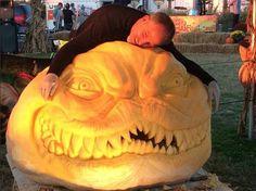 Jon Neill Extreme 800 pound MAD Bulldog