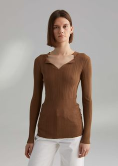 New in - Totême Long Sleeve Tops, Bell Sleeve Top, Layered Tops, Ribbed Fabric, Work Wear, Knitwear, Cashmere, Fashion Dresses, Sora