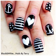 Black-and-white gel nails by Terry