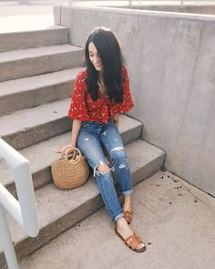 Could that top be any cuter? Casual College Outfits, Basic Outfits, Trendy Outfits, Summer Outfits, Cute Outfits, Fashion Outfits, Fashion Boots, Womens Fashion, Black Sandals Outfit
