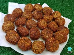 Falafel de Lentejas - Receta Original (MUY FÁCIL) Lentil Recipes, Veggie Recipes, Indian Food Recipes, Vegetarian Day, Vegetarian Recipes, Healthy Recipes, Other Recipes, My Favorite Food, Food Inspiration