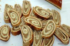 Baigli cu nuca | Simplu Feminin Romanian Food, Apple Pie, Waffles, Delish, French Toast, Goodies, Yummy Food, Sweets, Breakfast